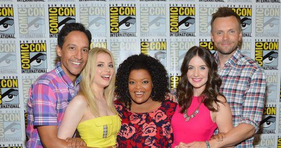 Cmmunity cast 2 - comic - con 2012