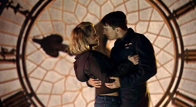 Doctor Who - The Empty Child Jack and Rose
