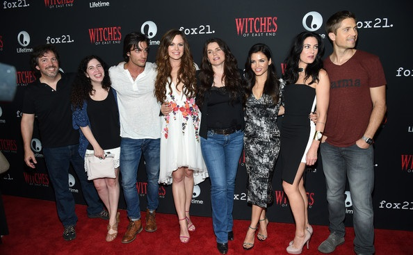 Madchen+Amick+Richard+Hatem+Witches+East+End+vcxqGpdICKQl