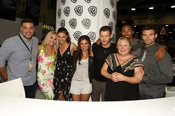 the-originals-2014-sdcc-cast-signing-photos-10-1024x682