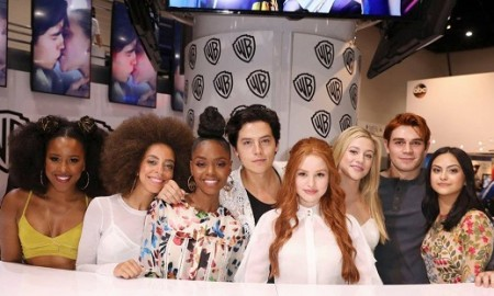 Comic-Con-Photos-Riverdale-Cast-SDCC-12