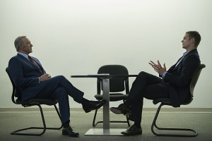 Joel Kinnaman e Kevin Spacey